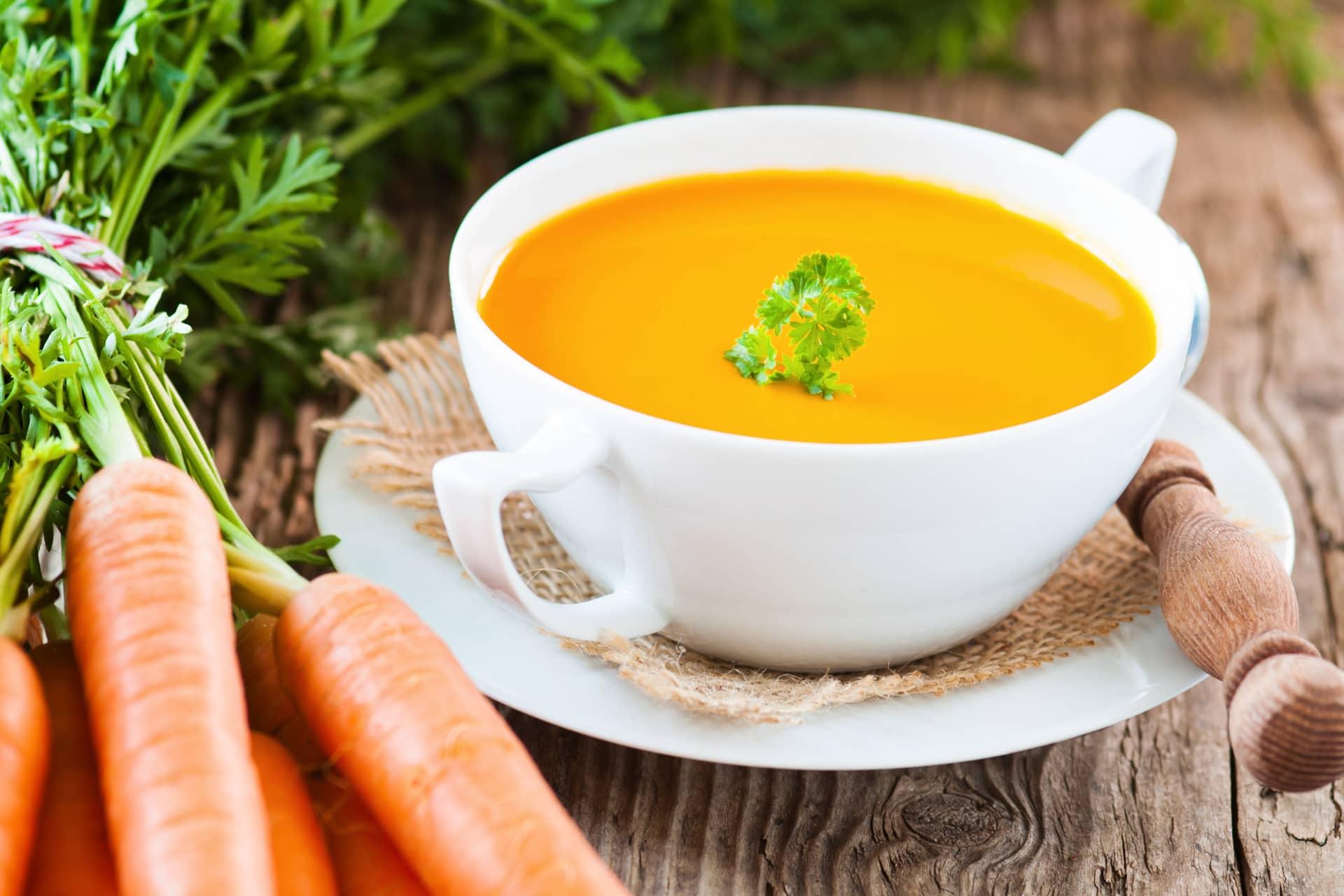 AUSZEIT Fasten - Basenwandern Karottensuppe